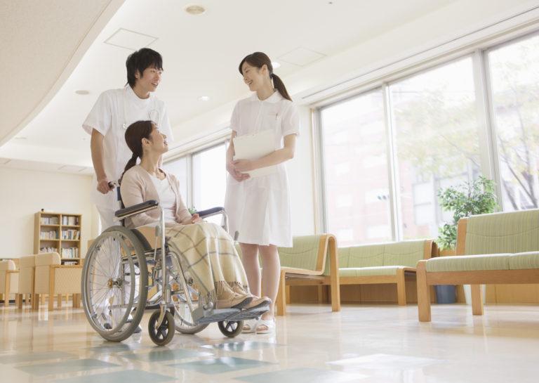 医療機関福祉施設への送迎 – ニーズ|介護タクシー|民間救急サービス